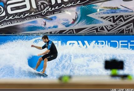 Surfer in front of Glidetrack Mobislyder