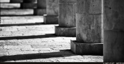 Budgens pillars