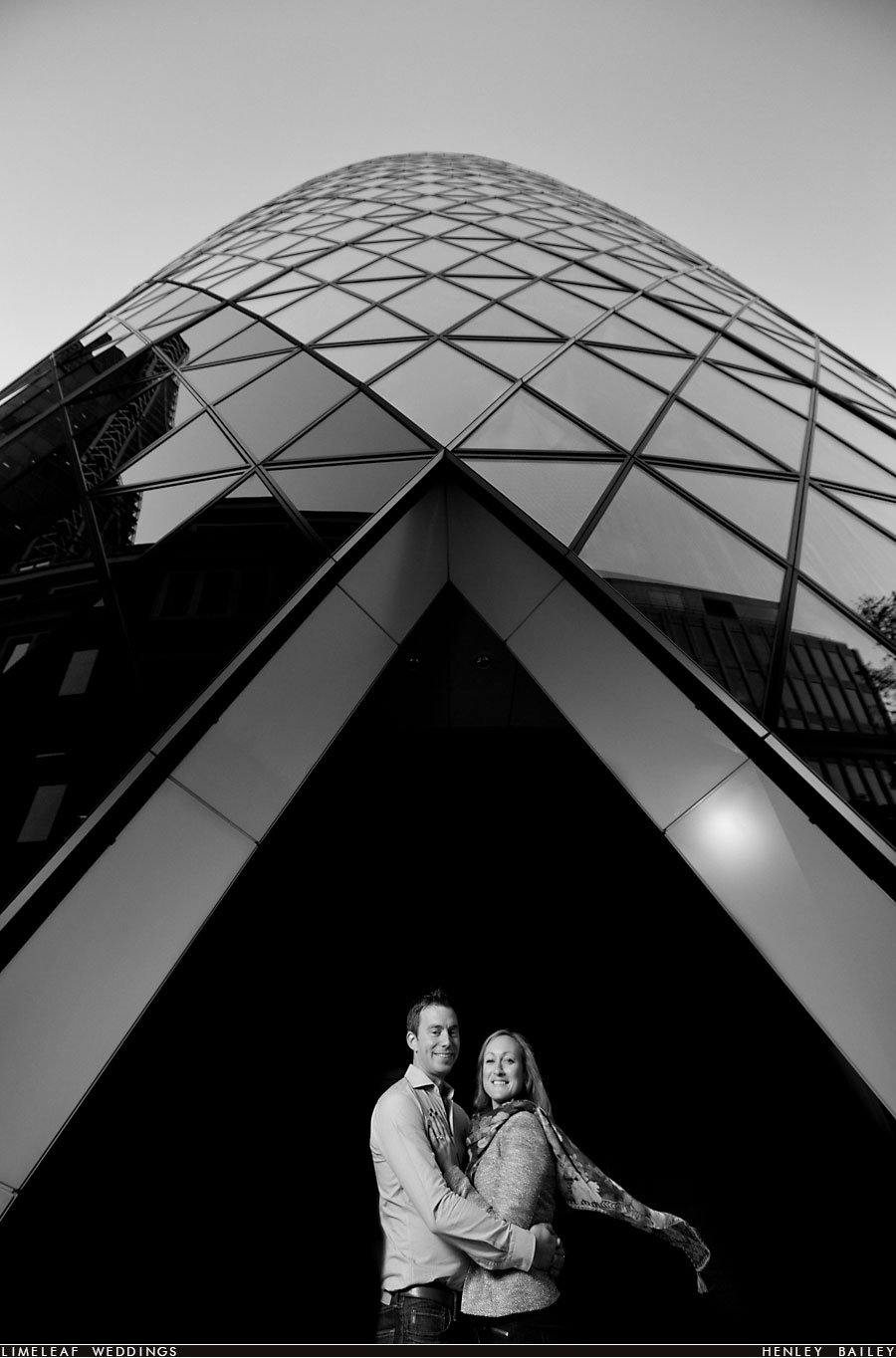 30 St Mary Axe, Gherkin, London wedding photo