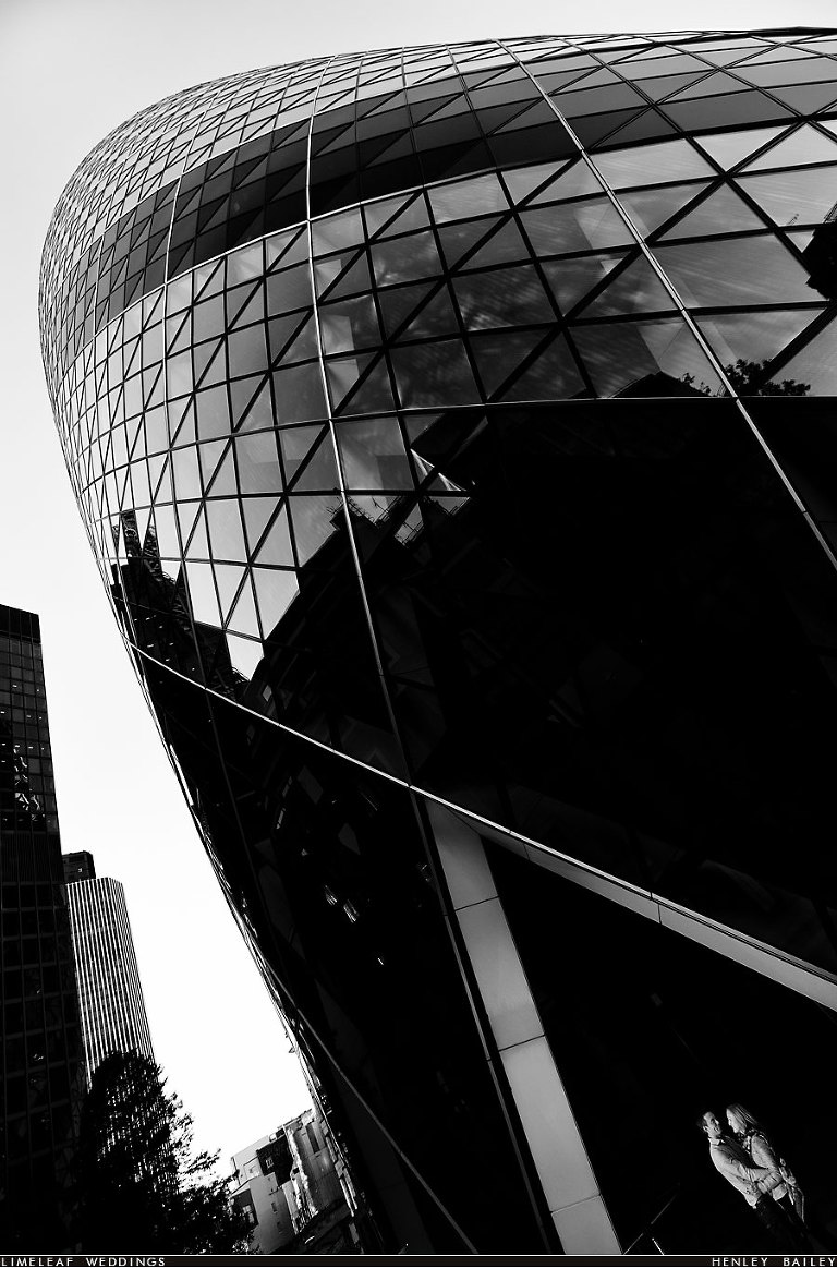 Gherkin, 30 St Mary Axe, London wedding photography